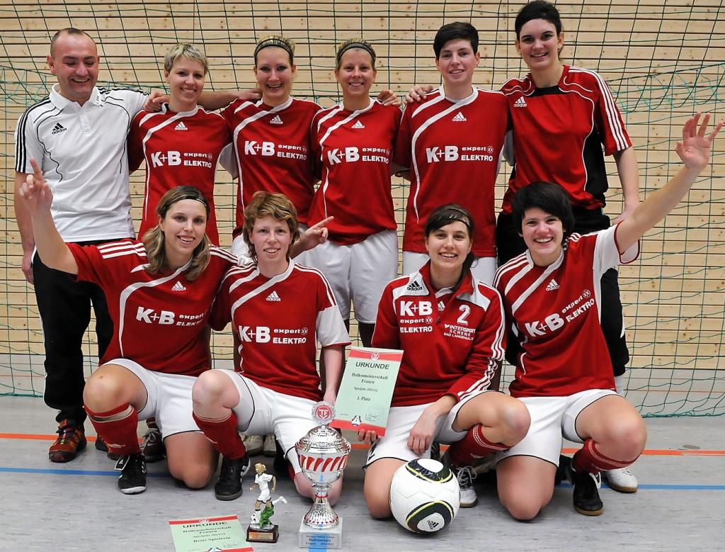 03.03.2012    TFV-Landesmeisterschaft der Frauen Finalsieger nach einem 3:1 gegen den FFC Gera:  1.FFV Erfurt